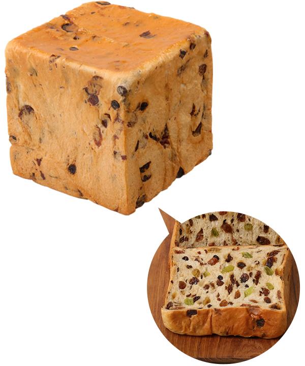 本多の熟成純生食パン 極ぶどう食パン